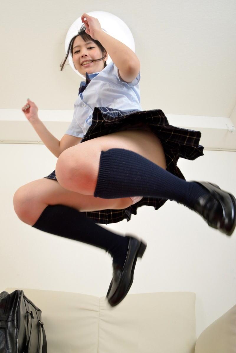 パンチラ スカート ジャンプ エロ画像【20】