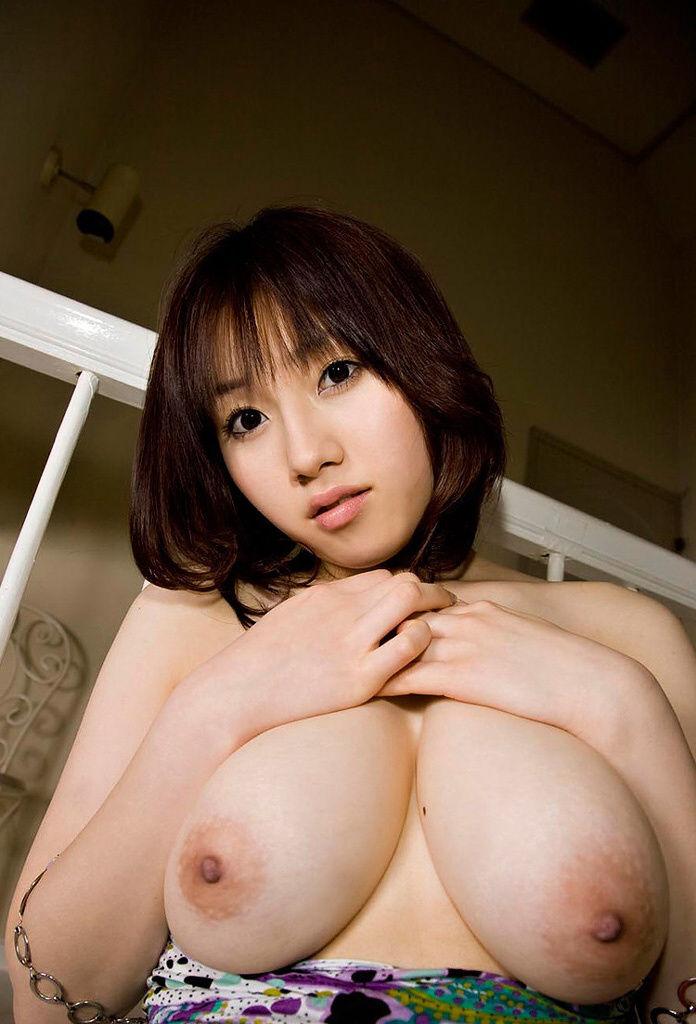 垂れ乳 若い やわパイ ギャル エロ画像【24】