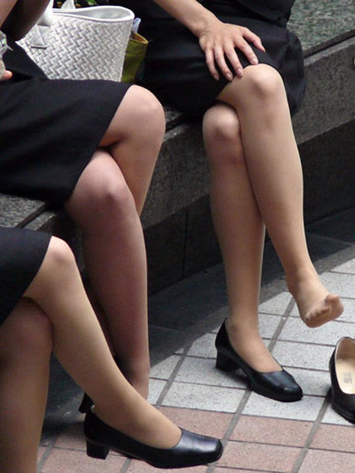 OL 複数 群れる セクシー 女性社員 エロ画像【7】