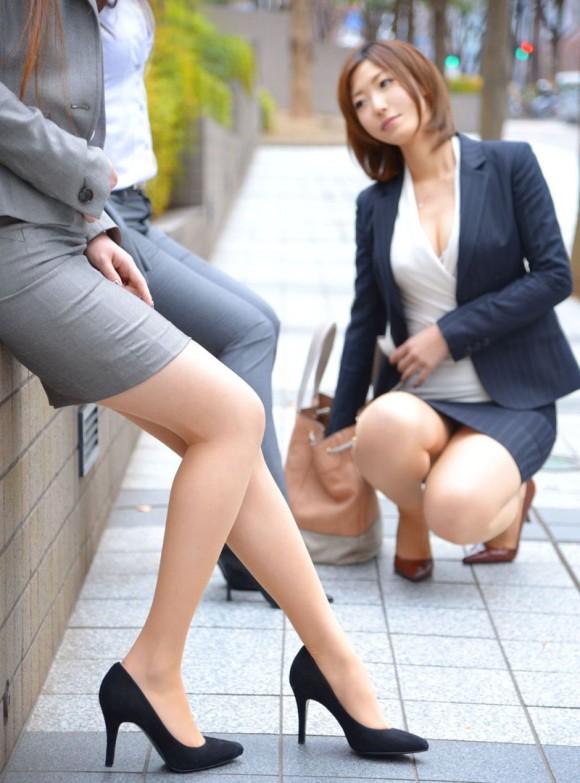 OL 複数 群れる セクシー 女性社員 エロ画像【20】