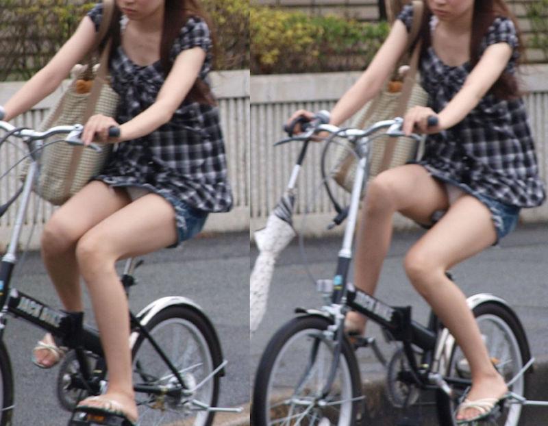 自転車 パンチラ 街撮り エロ画像【17】