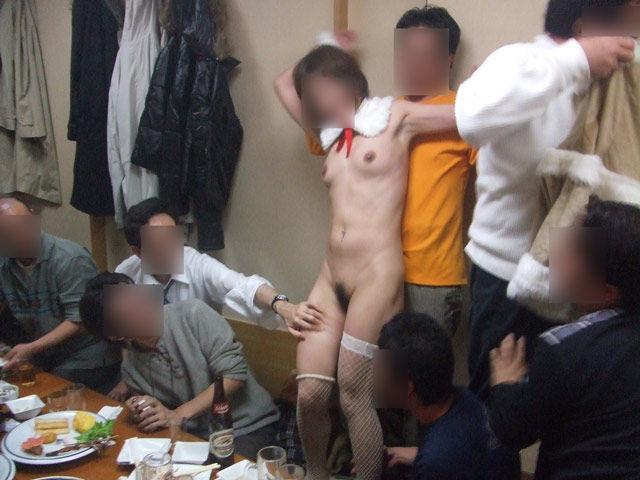ピンクコンパニオン 全裸 宴会 ヌード エロ画像【7】