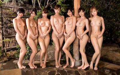 美女は絵になる温泉ヌードのエロ画像 ④