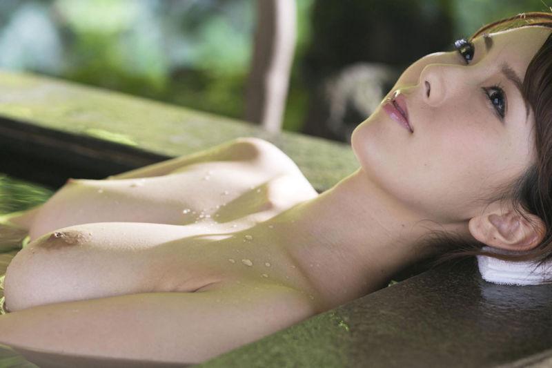 美女 温泉 ヌード エロ画像【24】
