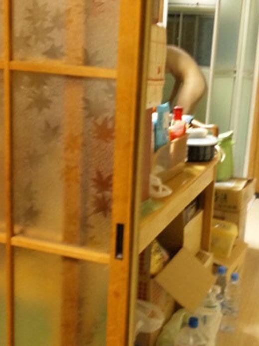 お風呂 ドア 開ける 浴室 入る途中 エロ画像【4】