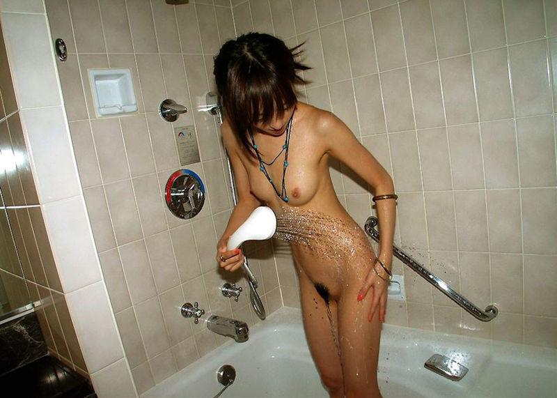 裸 黒ギャル ラブホ お風呂 シャワー エロ画像【33】