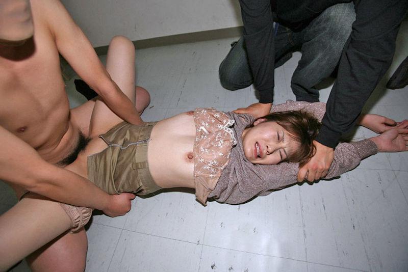 おばさん レイプ 犯される 熟女 強姦 エロ画像【4】