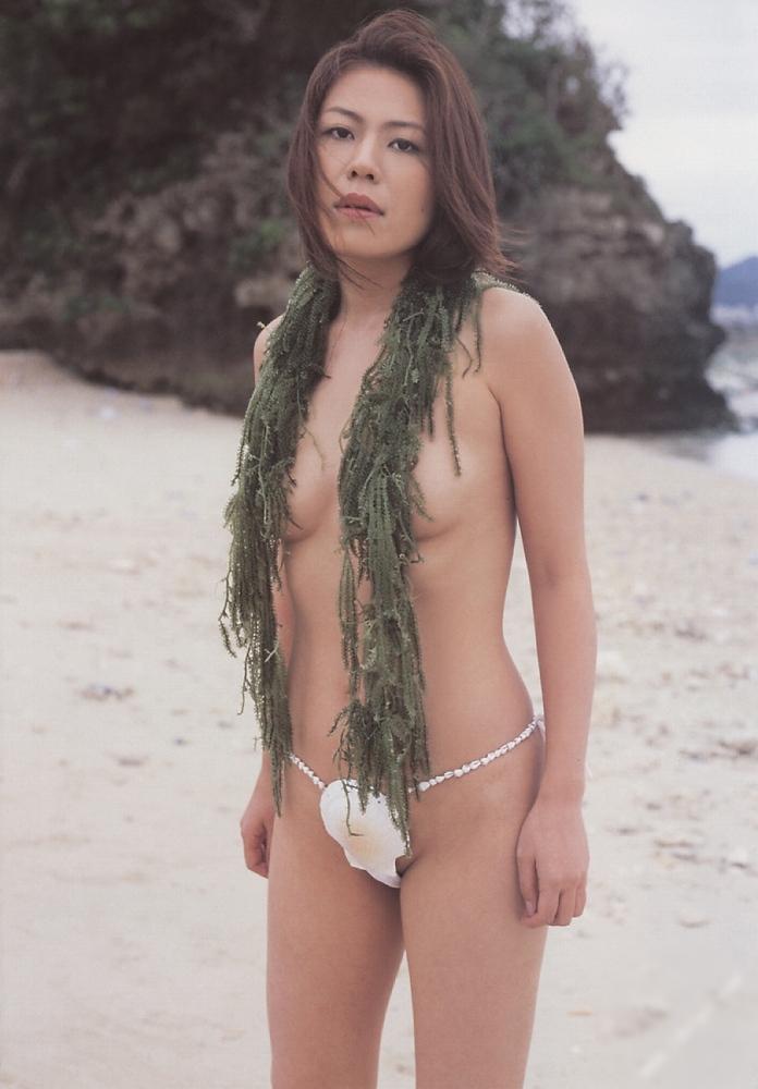 貝殻 水着 過激 ビキニ エロ画像【21】