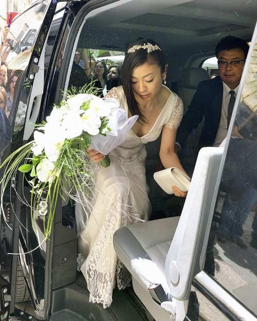ドレス 花嫁 ご友人 結婚式 胸チラ エロ画像【12】