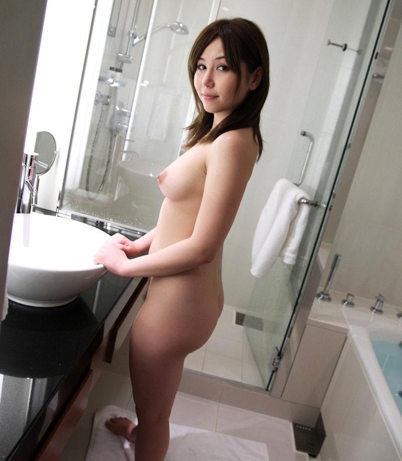 お尻 横アングル 膨らみ エロ画像【39】