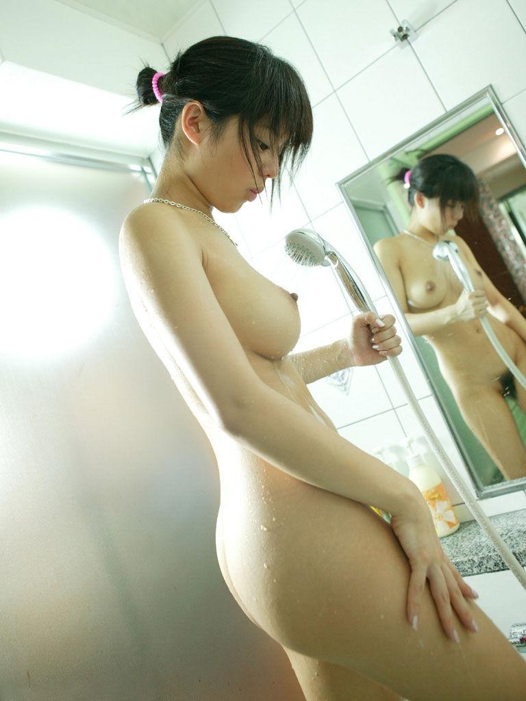 お尻 横アングル 膨らみ エロ画像【40】