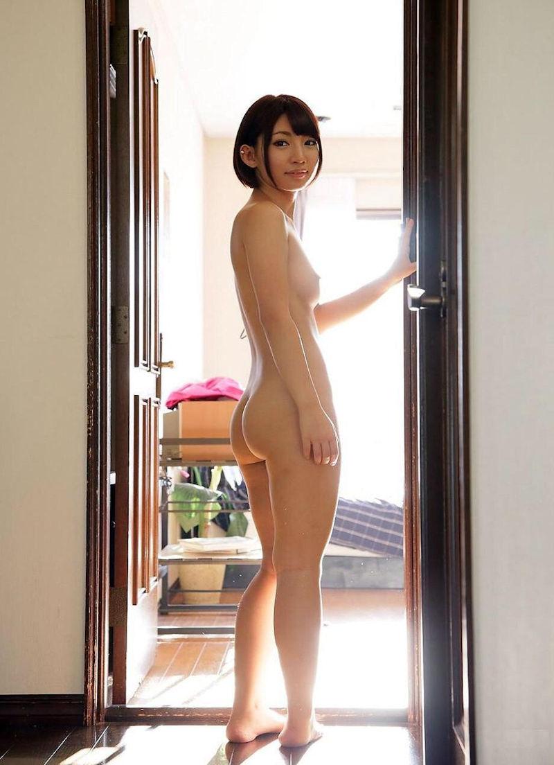 お尻 横アングル 膨らみ エロ画像【47】