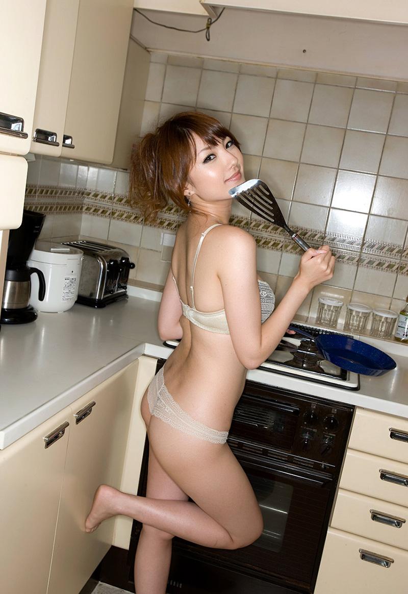 お尻 横アングル 膨らみ エロ画像【50】