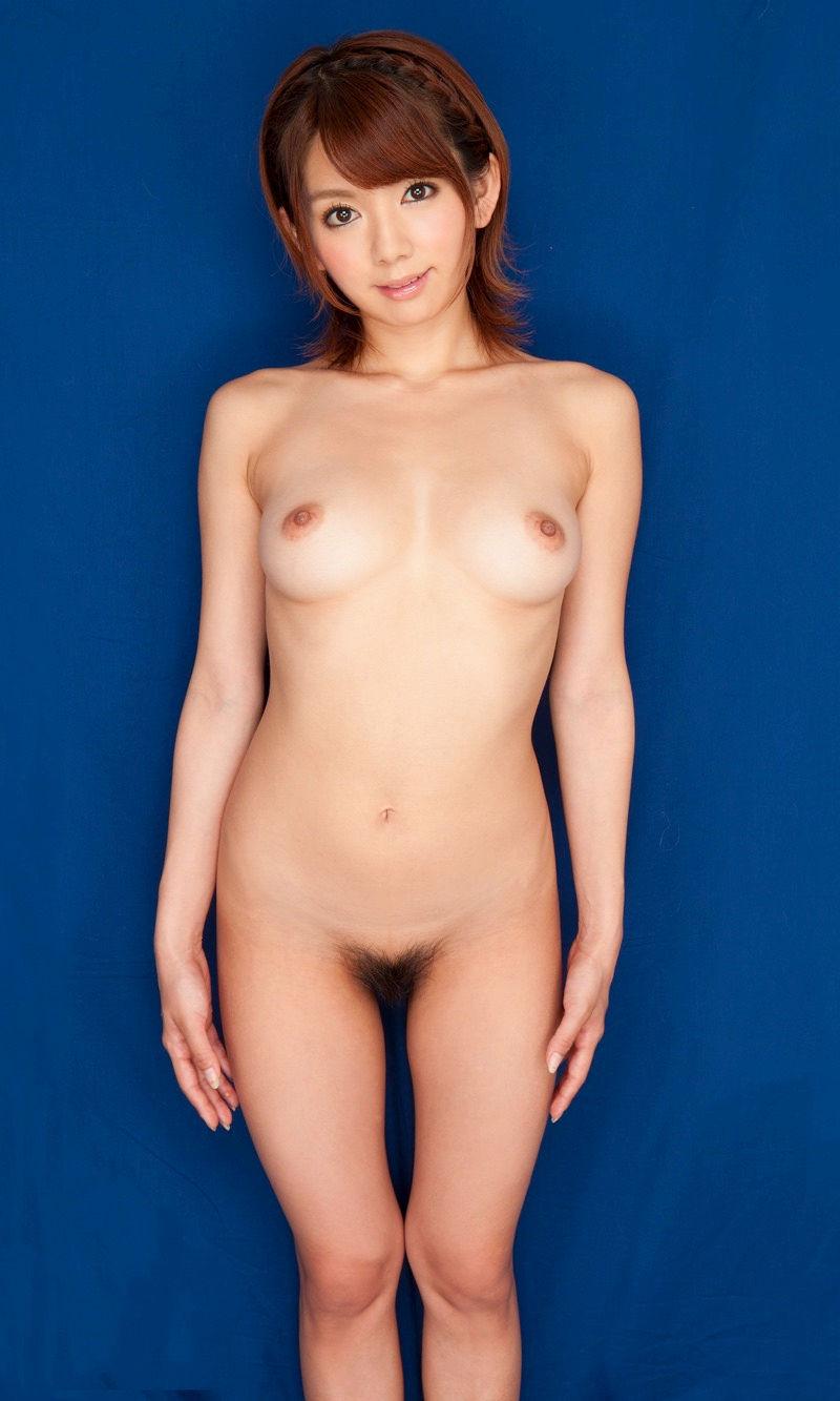 直立 ヌード 美しい 全裸 美女 エロ画像【4】