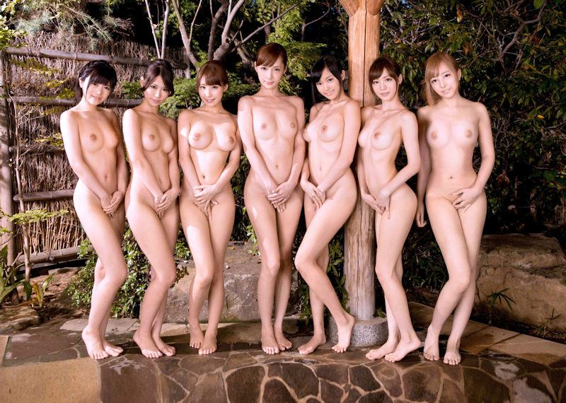 直立 ヌード 美しい 全裸 美女 エロ画像【22】