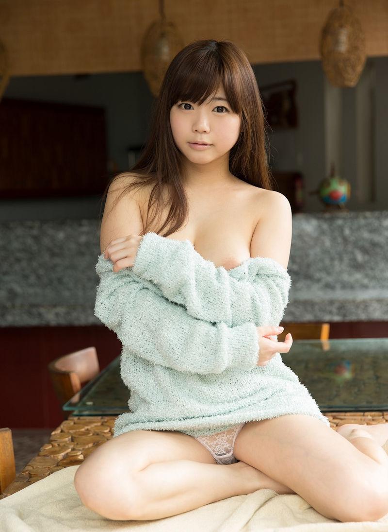 服 乳首 ギリギリ 隠す 着衣 エロ画像【38】