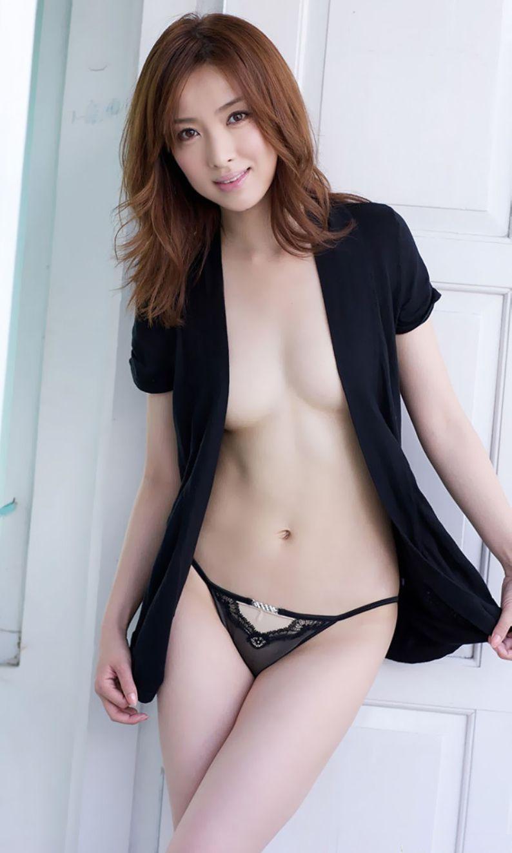 服 乳首 ギリギリ 隠す 着衣 エロ画像【39】
