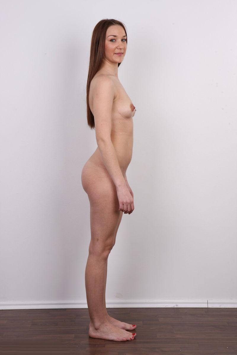 気を付け ヌード 全裸 外国人 熟女 直立 横向き エロ画像【12】