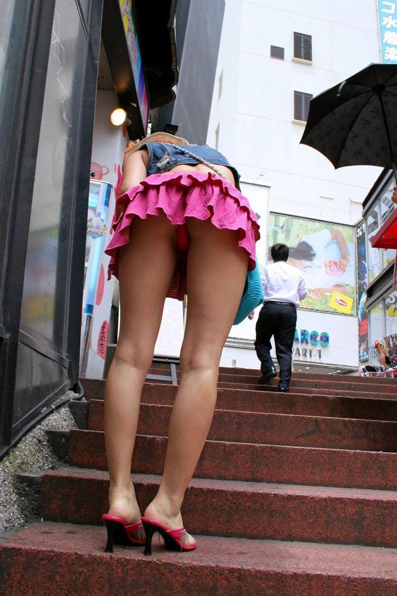 美脚 パンツ セクシー パンチラ エロ画像【51】