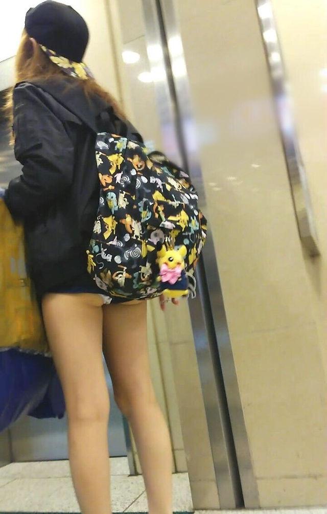 美脚 パンツ セクシー パンチラ エロ画像【54】