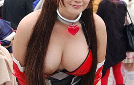 【ハプニング】乳首ポロリしたり偶然の一瞬を捉えたエロ画像