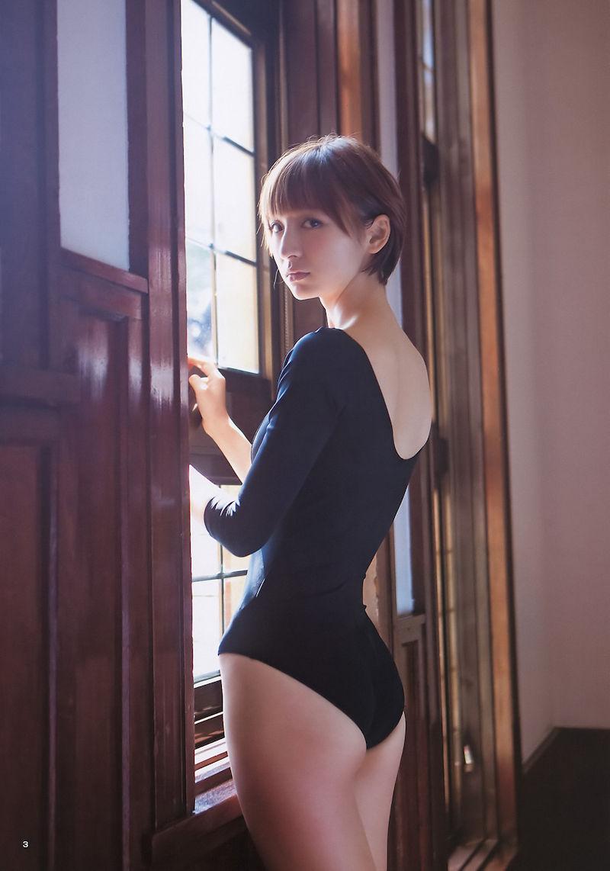 体型 丸見え レオタード 美女 エロ画像【22】
