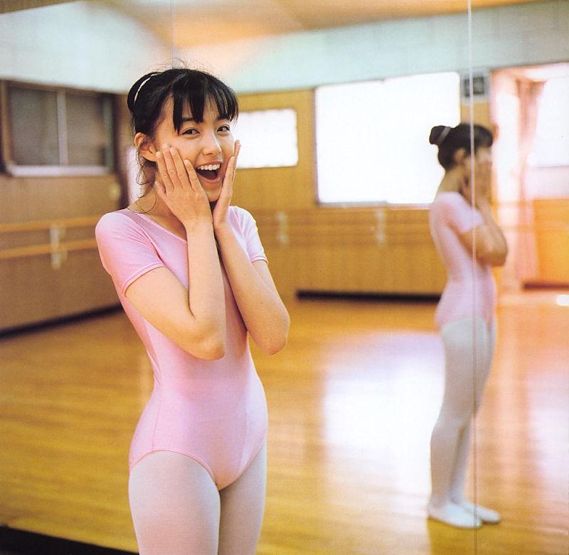 体型 丸見え レオタード 美女 エロ画像【60】