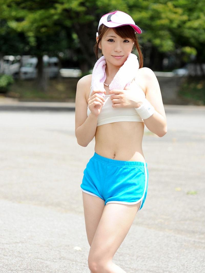 スポーツブラ スポブラ 美女 エロ画像【3】