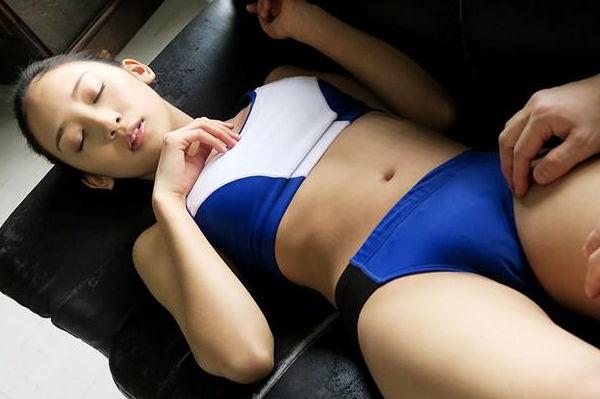 スポーツブラ スポブラ 美女 エロ画像【23】