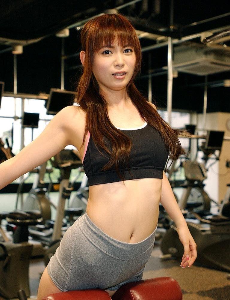 スポーツブラ スポブラ 美女 エロ画像【60】