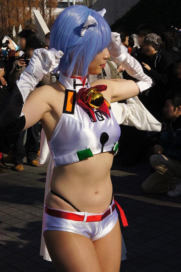 お腹 コミケ ヘソ コスプレイヤー エロ画像【13】