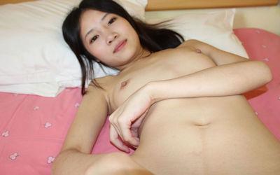 貧乳中国人のちっぱいなおっぱいが可愛いエロ画像 ②