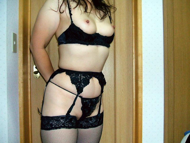 熟女 下着姿 セクシー エロ画像【2】