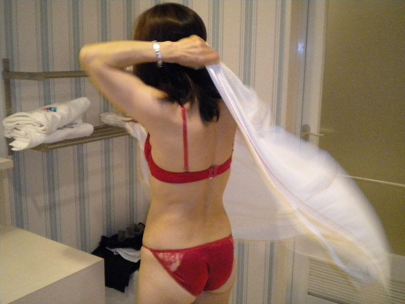 熟女 下着姿 セクシー エロ画像【36】