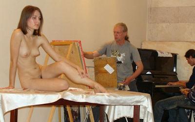ヌードデッサン教室の外国人全裸モデル画像集 ①