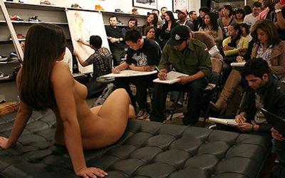 ヌードデッサン教室の外国人全裸モデル画像集 ④