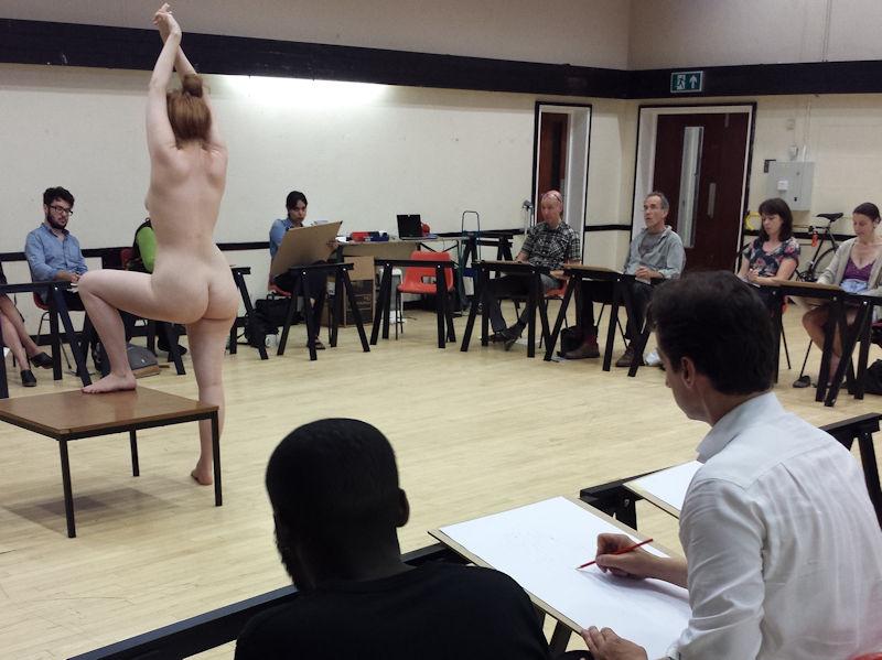 ヌードデッサン 外国人 全裸 モデル エロ画像【19】