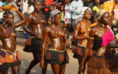 ギニア人のおっぱいが綺麗なビサウカーニバル画像集 ③
