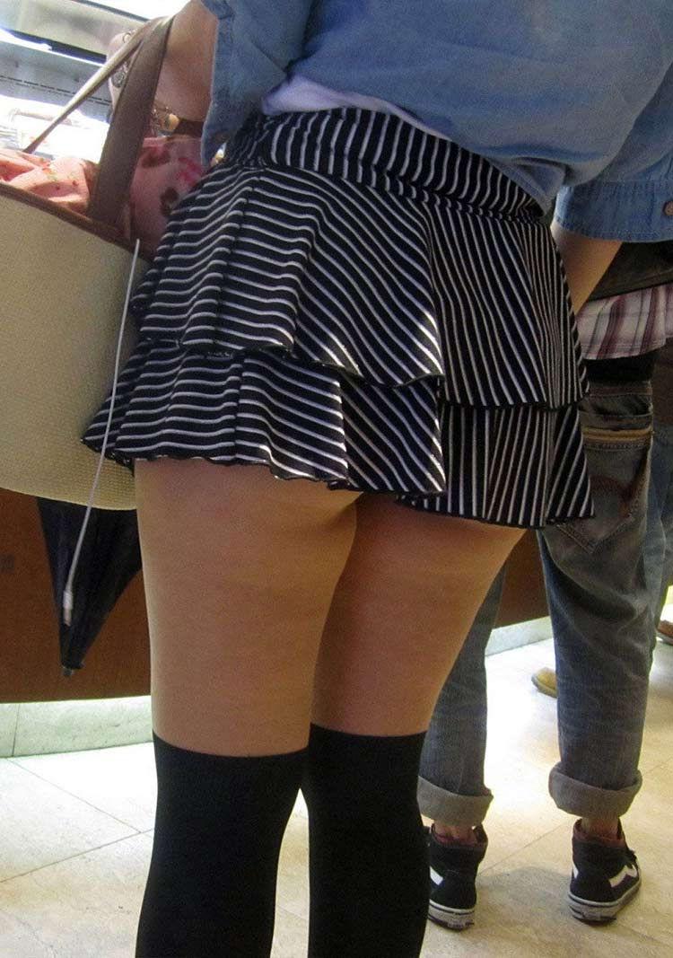 ミニスカ ギャル 街撮り 太もも エロ画像【51】
