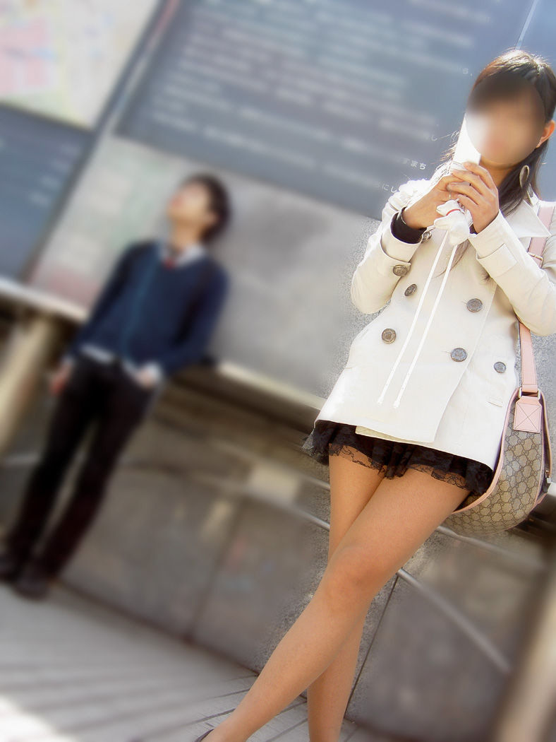 ミニスカ ギャル 街撮り 太もも エロ画像【54】
