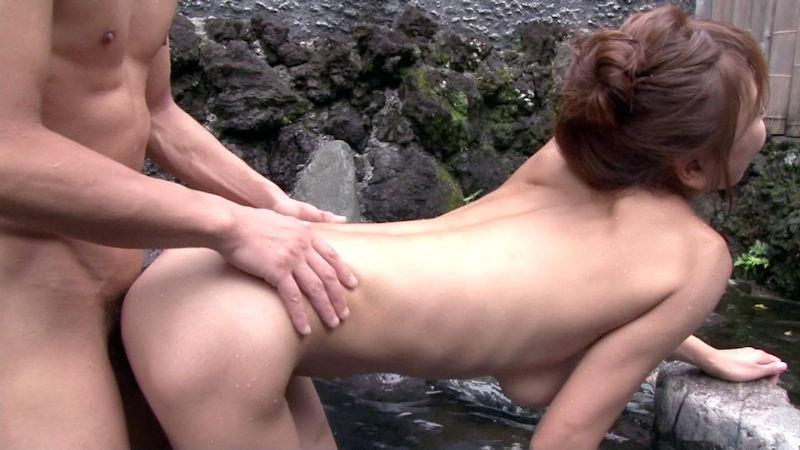温泉 セックス 露天風呂 エロ画像【33】