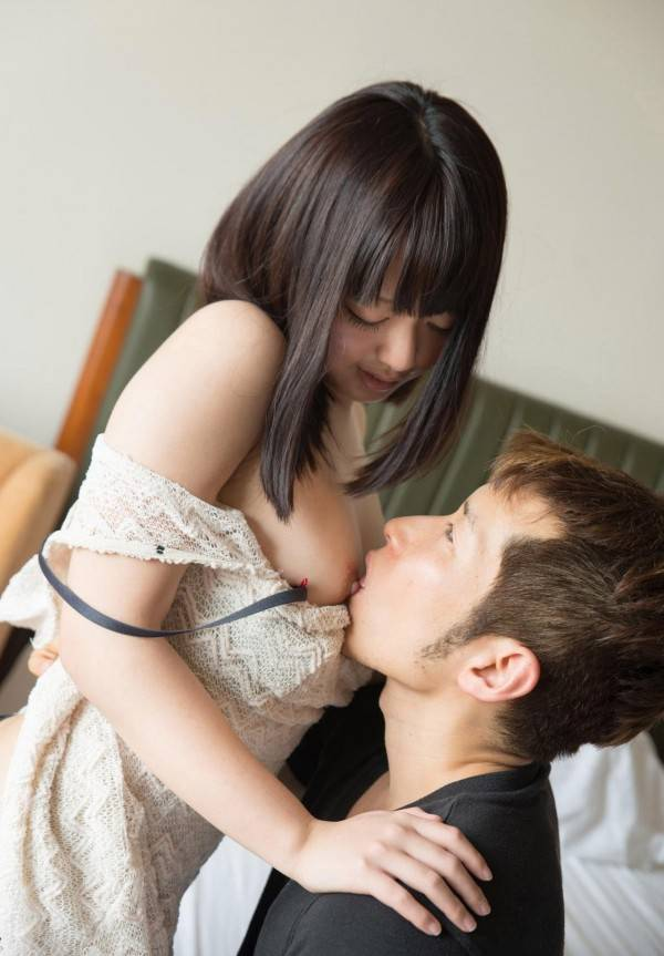 乳首 舐め 吸う おっぱい ちゅっちゅ エロ画像【17】