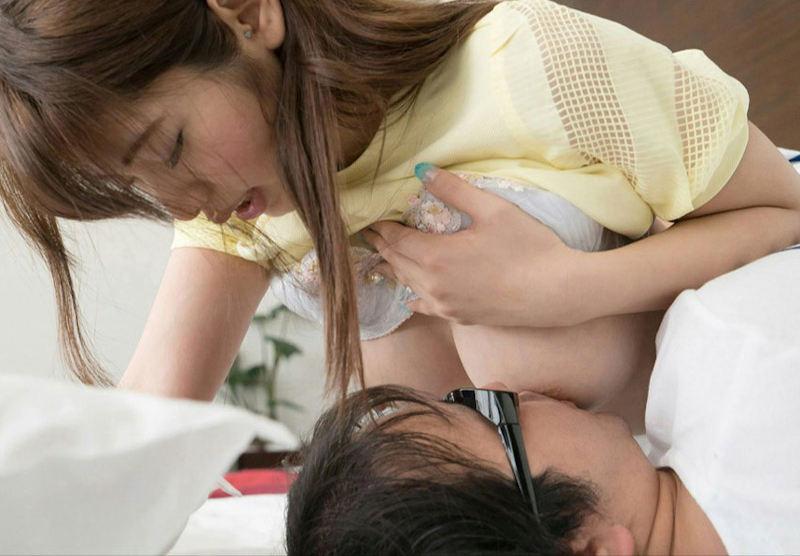 乳首 舐め 吸う おっぱい ちゅっちゅ エロ画像【22】