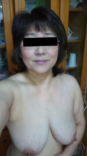 おばさん 熟女 人妻 自撮り エロ画像【24】