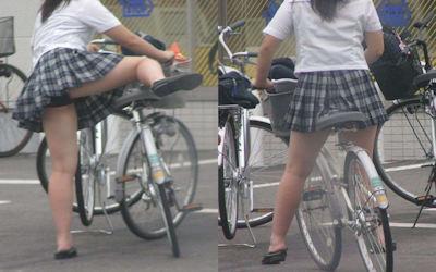 乗馬・自転車・バイクのまたがりパンチラ画像集 ②