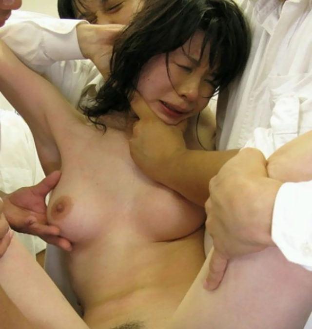 無理矢理 レイプ エロ画像【31】