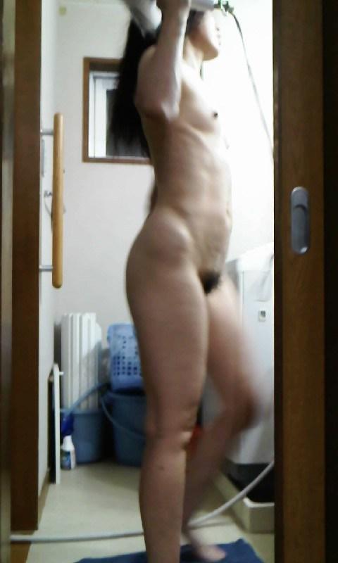 風呂上がり 人妻 熟女 エロ画像【21】