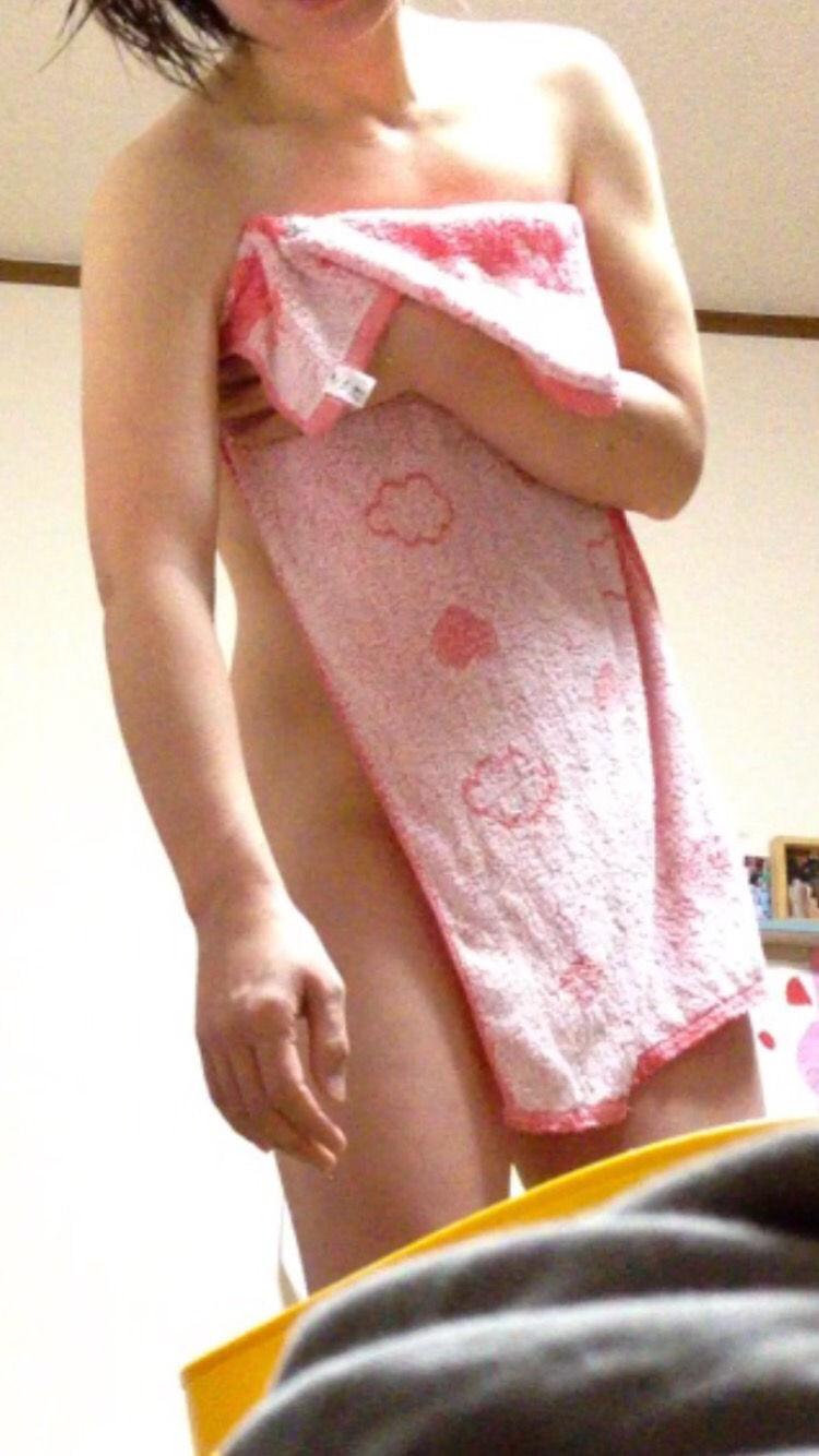 風呂上がり 人妻 熟女 エロ画像【22】