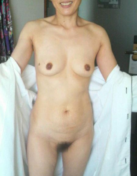 風呂上がり 人妻 熟女 エロ画像【36】