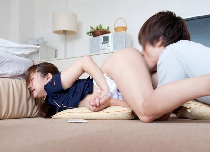 手繋ぎ まんこ 舐める ラブラブ クンニ エロ画像【22】